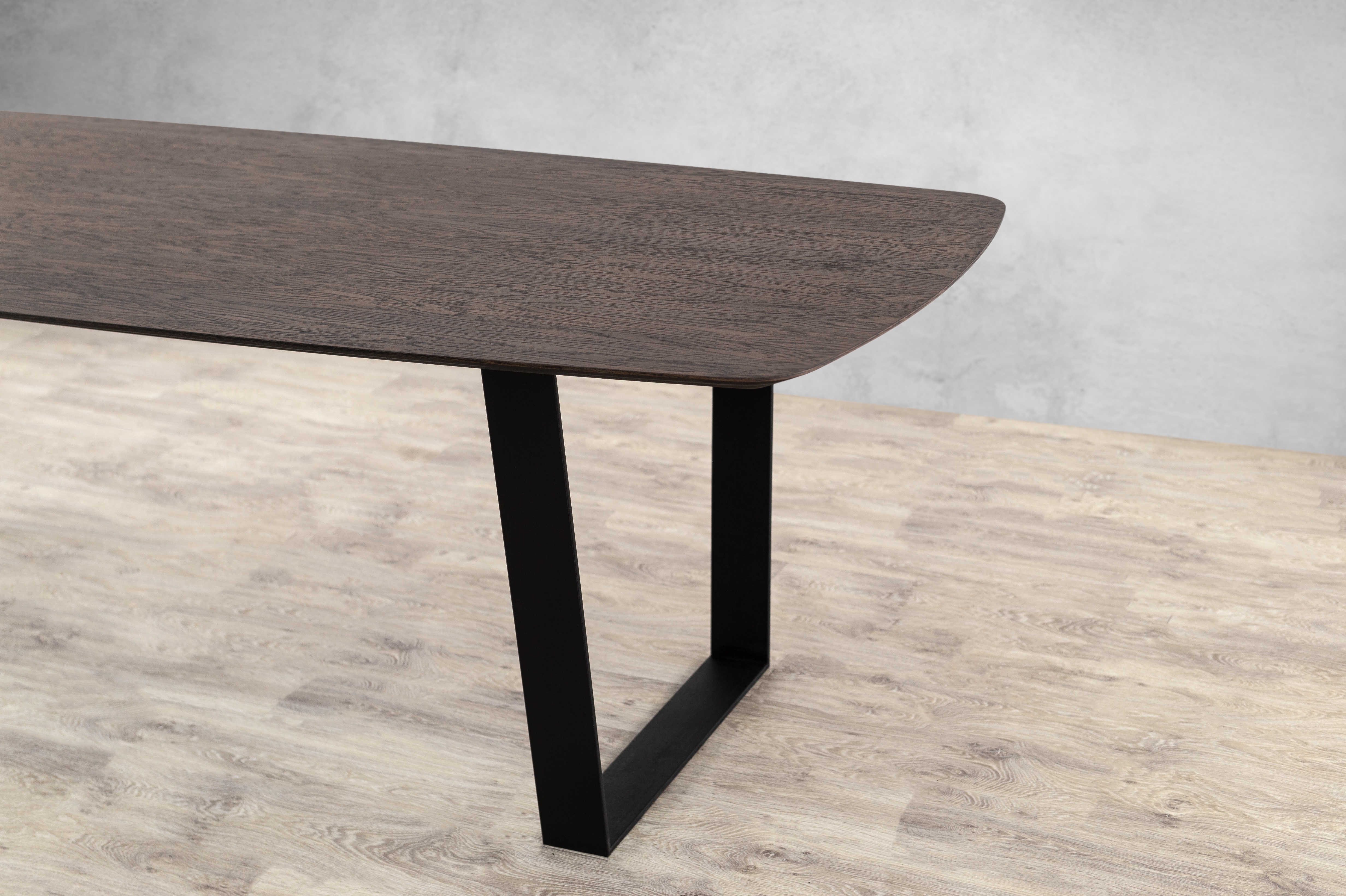 Ramya Dining Table (2)