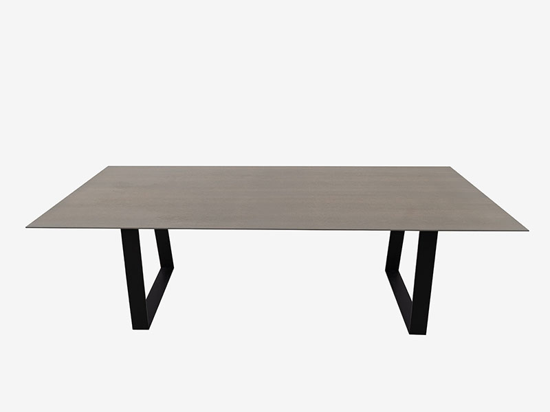 Ysra Dining Table (3)